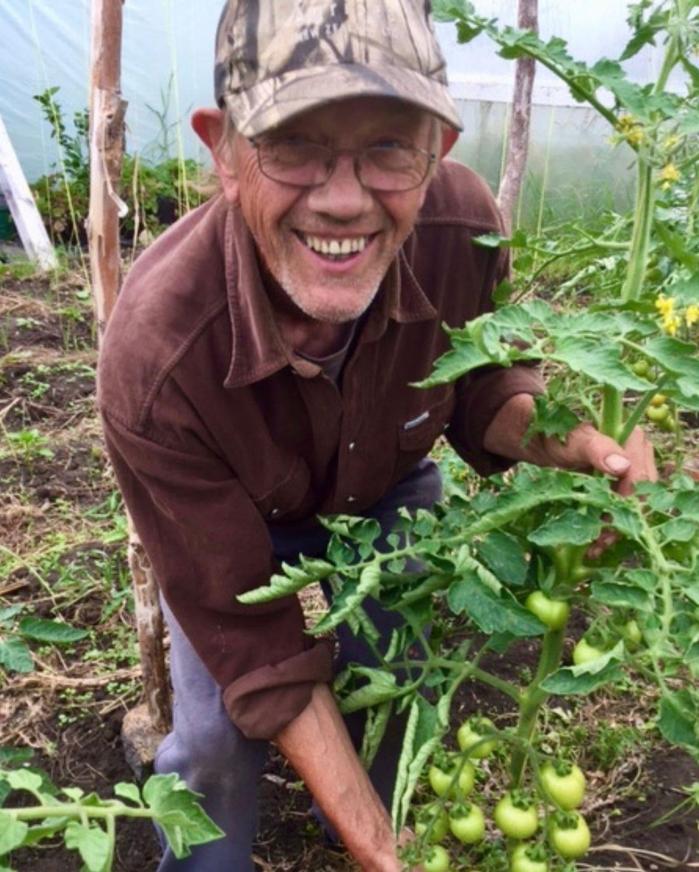 Jim O'Gorman with tomatoes